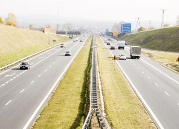 Average Daily Traffic and toll revenue on motorway Katowice-Kraków in 2018 Q1-Q3